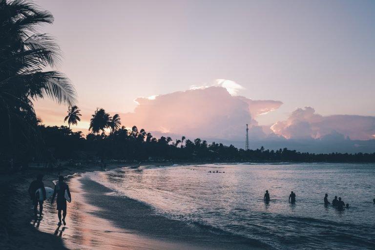 Yalın Sahil